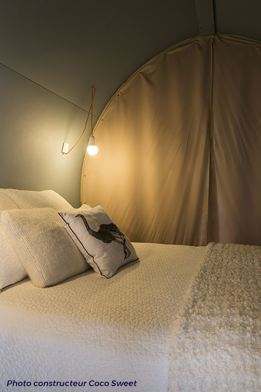 Chambre la nuit coco-sweet-camping-Beau-Rivage